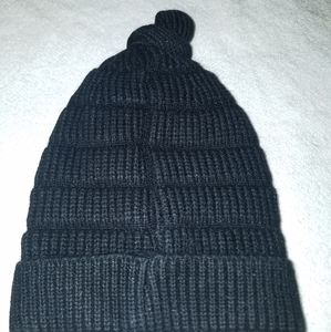 Accessories - NIP Page one boys/kids winter cap/beanie